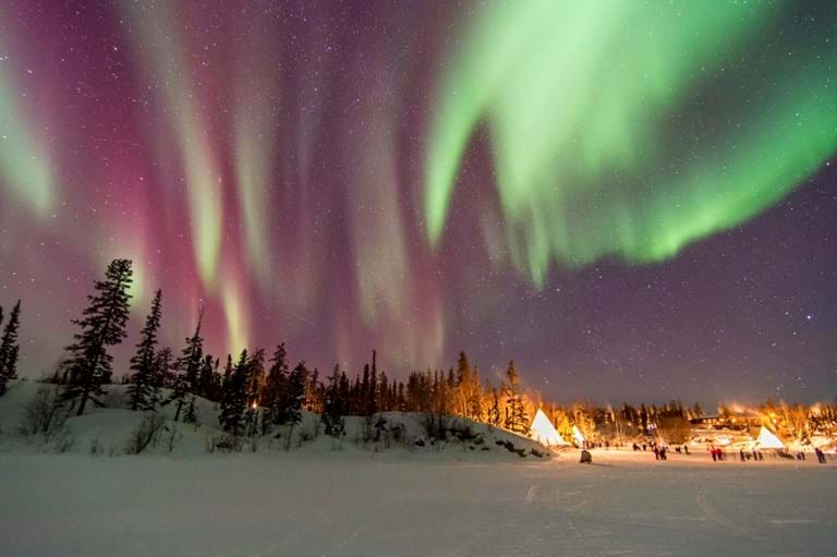 McNally Travel | Aurora over Yellowknife | Things to do in Northwest Territores